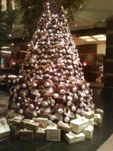 and i heard there is one more teddy bear tree somewhere in another locationis it a trend that bears has replaced the actual tree - Bear Christmas Tree